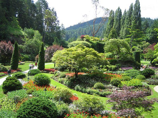 http://www.noibara.net/landscape/img/Butchart3.jpg